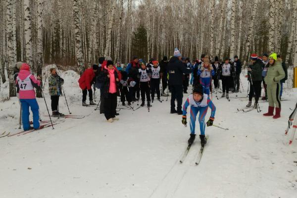 В Каменске-Уральском прошли лыжные гонки в рамках специальной олимпиады...